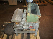 Ultramatic Equipment Vibratory Finisher Shaker Mbia