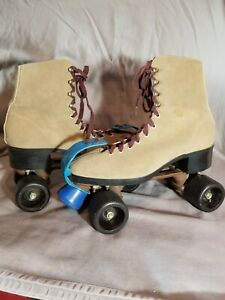 Vintage Roller Skates Tan Suede Size 10 W/ Original Toe Guards. CLEAN!! Derby
