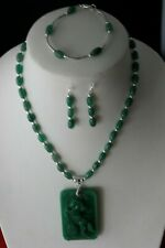 BEAUTIFUL SET NECKLACE BRACELET EARRINGS WITH JADE IN GIFT BOX