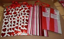 Valentine Decor Mix Lot 11 Items Party Wine Gift Bags Hearts & Gift Tissues 103F