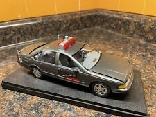 Gray 1994 Chevy Impala Rescue 911 Police Car 1:25 Model Kit Adult Built Case