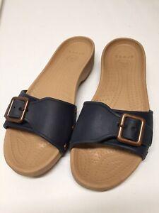 Crocs Womens Sz 10W Buckle Strap Backless Slip On Sandal