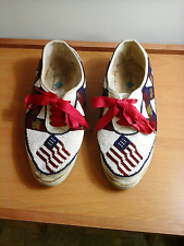 New listing Bradz brand multi-color beaded walking shoes, 7.5 M, man made material, Us Flags