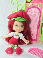 Lot Strawberry Shortcake Soft Body Doll & Wardrobe Closet Hasbro Girls