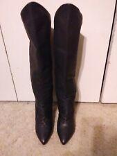 Women boots size 8.5