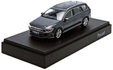 Herpa MINIATURMODELLE GmbH VW Passat Variant B8 1 43 Indium Grigio (q5c)