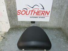SUZUKI GSXR 1300 HAYABUSA 2002 REAR SEAT (D13)