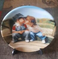 """1990 """"First Kiss"""" Miniature Collector Plate by Donald Zolan 6628 B"""