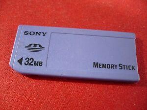 SONY 32MB Memory Stick Original  1st Generation for Older F505 F55K F707 P1