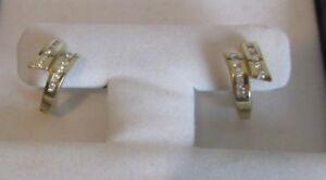 Brooks Brothers Earrings 14 K Gold w Diamonds ⚡