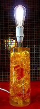 RETRO 1960 / anni 70 grandi orange-red-gold acryllic-lucite Lampada da tavolo base da prova # 1