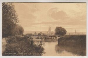 Gloucestershire postcard - Gloucester from the Severn (A525)