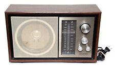 AM/FM LLoyd's Table Radio Model J930 Series 108A