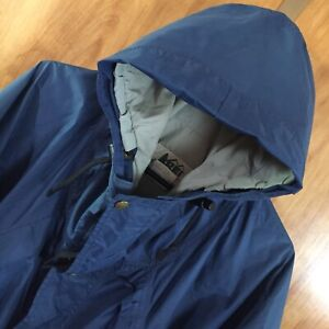 VTG REI Gore-Tex Blue Nylon Hooded Rain Jacket Men's L Made USA