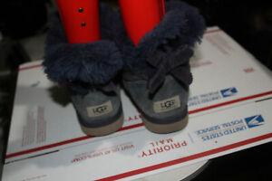 UGG Australia Women's Mini Bailey Bow Corduroy BLUE  Boots 1006057 SIZE  8