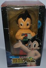 ASTRO BOY : ASTRO BOY BOXED FIGURE MADE BY TEZUKA PRODUCTIONS IN 2001