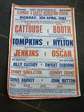 Lunedì 25TH APRILE 1983 VINTAGE Boxe poster Elefante e il Castello dispari STRAPPO