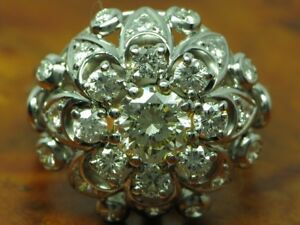 18kt 750 White Gold Ring With 2,25ct Brilliant Decorations/ Diamond/ 10,3g/ Rg