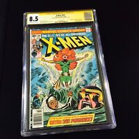 The X-Men 101 CGC 8.5 SS STAN LEE 1ST APP OF PHOENIX WHITE PAGES