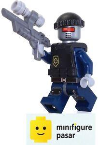 tlm044 Lego The Lego Movie 70813 70808 - Robo SWAT Minifigure w Gun - New