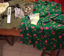 Fabric (3)1-Gabardine,2 Prints,,Zipper,Buttons,Lace (#849)