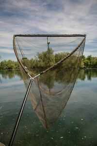 NEW SOLAR TACKLE BOW-LITE LANDING NET