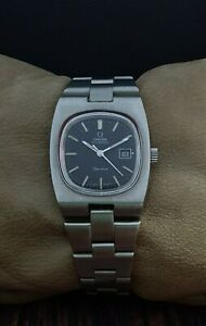 OMEGA GENEVE AUTOMATIC cal.684 TV-STYLE VINTAGE 70's RARE LADY's SWISS WATCH.