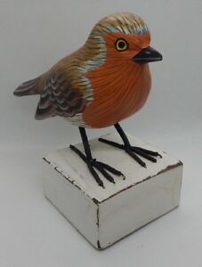 PRETTY HAND CARVED PAINTED WOODEN ROBIN BIRD ORNAMENT DECORATIVE / UK SELLER