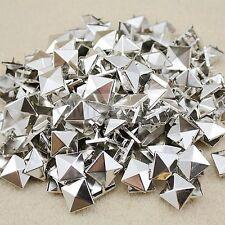 100 x Pyramid-Nieten/Studs Niet Ziernieten aus Metall in Silberfarben 15mm