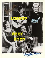 Rare Rose Marie signed photo cast Mary Tyler Moore autograph Dick Van Dyke Show