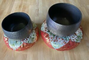 JAPANESE BUDDHIST SINGING BOWL ORIN BELL SET 4 inch and 4.75 width GREAT CONDITI