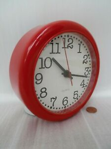 70/80s HABITAT WALL CLOCK, Vintage CRAYONNE RED PLASTIC, Retro KITCHEN BATTERY