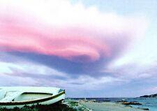 (10985) Postcard - Boat on unknown Beach