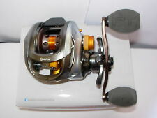 QUANTUM ENERGIE E101 HPTA 7.0:1 Low-Profile Baitcaster Rolle (LINKS)