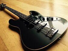 Fender Aérodyne Jazz Bass dauphin gris non Export MIJ R-Série (2004-05)