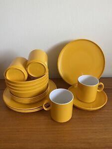1970's Retro Gaydon Encore Yellow Plastic Plates Cups Bowls Saucers - VW Van (B3