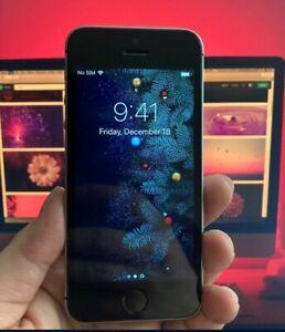 Apple iPhone SE 16GB Factory Unlocked - Mint Condition