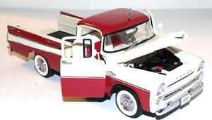 Danbury Mint Precision Diecast Truck 1957 Dodge SWEPTSIDE D100 PICKUP 1:24