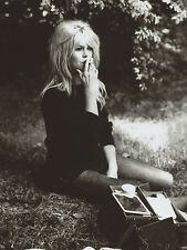 Brigitte Bardot Smoking 8x10 photo R3023