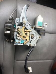 Nissan Armada QX56 Trunk Hatch Latch Actuator Gate Power Motor
