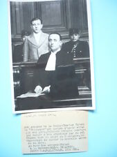 """PHOTOGRAPHIE DE PRESSE 1939 CHARLES DURAND """"LE BOULANGER"""" ET Me DELAUNAY"""