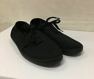 Slazenger Ladies Plimsoll Canvas Laced Pumps/Trainers In Black. Size 7 (002)