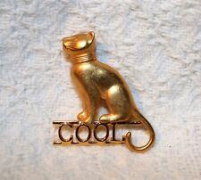 COOL Gold Tone Egyptian Cat Brooch Pin - Shinny & Matt Finish