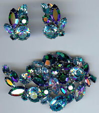 SHERMAN  VINTAGE DAZZLING SHADES OF BLUE GLASS RHINESTONE PIN & EARRINGS SET