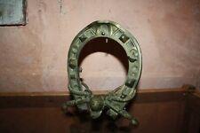 Ancien cadre en bronze fer à cheval equitation ... Il Tempo e Danaro