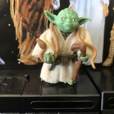 VINTAGE STAR WARS FIGURE YODA BROWN SNAKE PAC MAN EYES APPLE GREEN SKIN 1980
