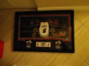Lebron James Upper Deck Autographed 18x36 Framed Heat Limited Edition Photo.
