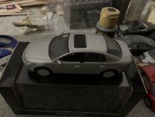 1:43 VW Phaeton Minichamps Dealer Edition