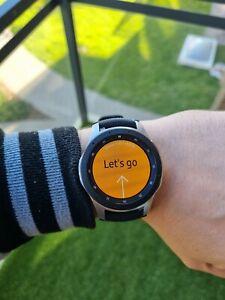 Samsung Galaxy watch sm-r800 46mm PRISTINE condition