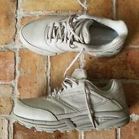 Brooks Addiction Walker Comfort Walking Shoes Tan Walking Women's Size 11.5